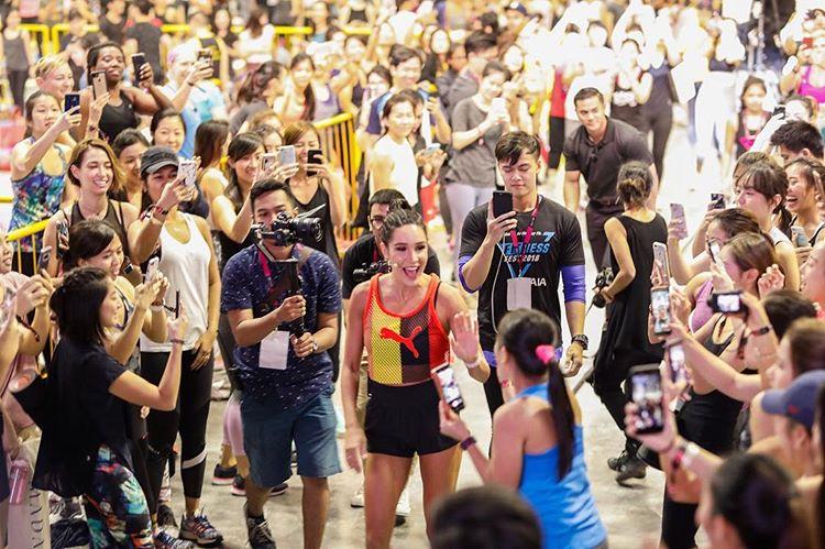fitnessfest_kayla_itsines_brocnbells_aia_singapore_2019