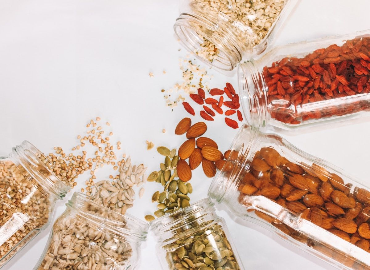 almond nuts good fats brocnbells